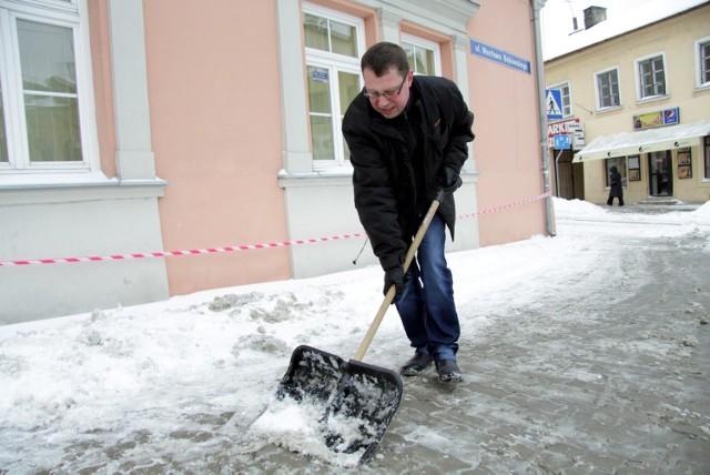 Lublin: Radny Nowak odśnieżał ul. Bajkowskiego