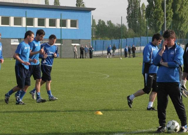 Waldemar Fornalik (z prawej) wierzy, że Ruch jest w stanie zagrać z Legią dobre spotkanie