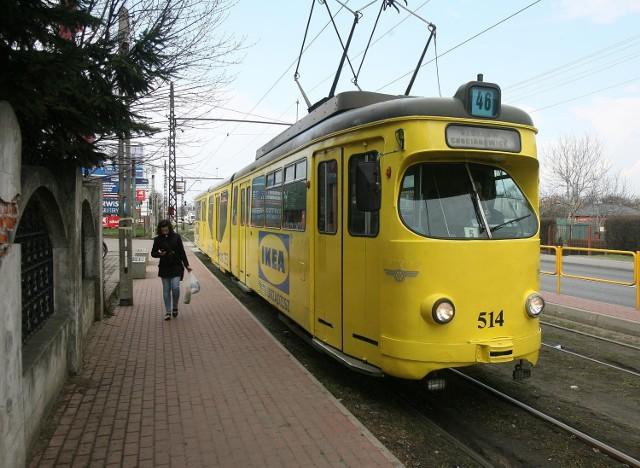 Protest przeciw likwidacji tramwajów do Ozorkowa i Zgierza rozpoczyna się o 14:00 przy Piotrkowskiej 104 w Łodzi.