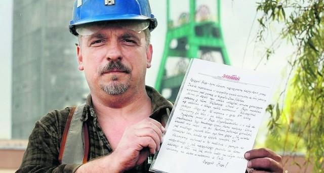 - Słowa pocieszenia są chyba teraz dla nich najważniejsze - mówi górnik Mirosław Zapora