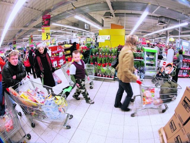 Czas robić już świąteczne zakupy. Niestety, większość produktów od ub. roku podrożała