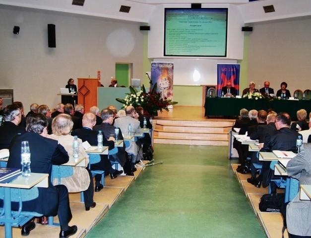 Obrady KRASP w auli Wydziału Zarządzania Politechniki