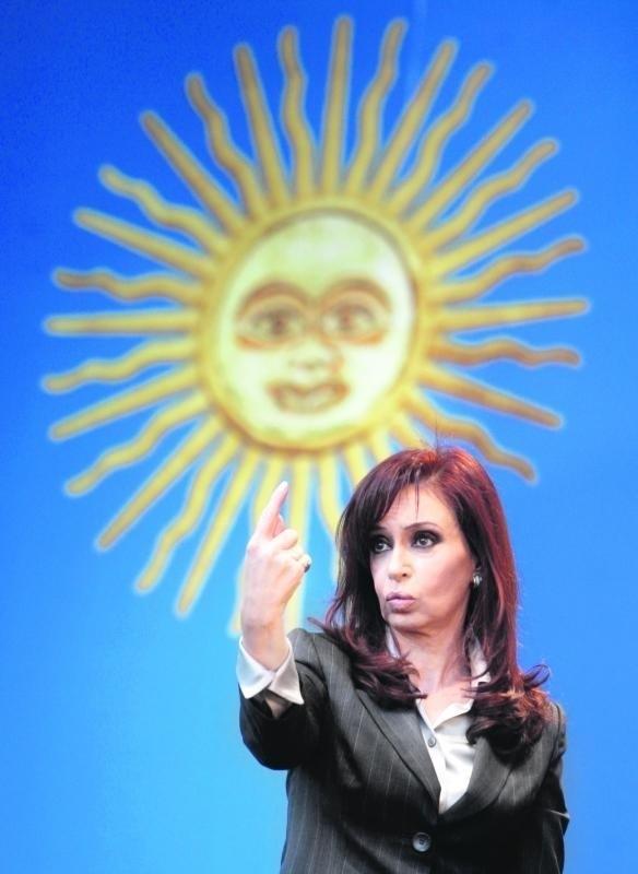 Cristina Kirchner walczy ze słabnącym poparciem