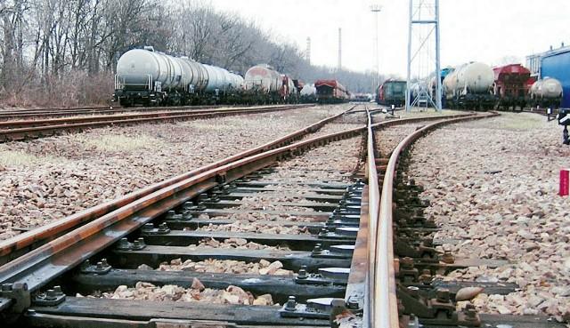 Po torach między Tarnowem a Dębicą kursuje coraz mniej pociągów towarowych. Kolejarze obawiają się utraty pracy