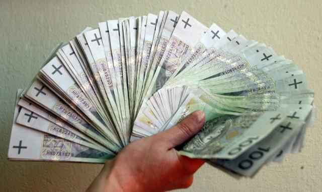 500000 banknotów 100 złotowych do wypłacenia