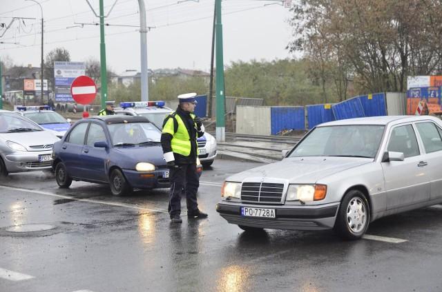 Nie wszyscy policjanci otrzymali komplety umundurowania.