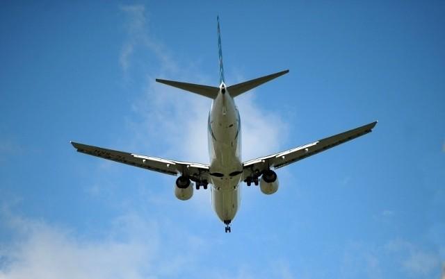 Samoloty lądujące na Ławicy uprzykrzają życie mieszkańcom okolic lotniska.