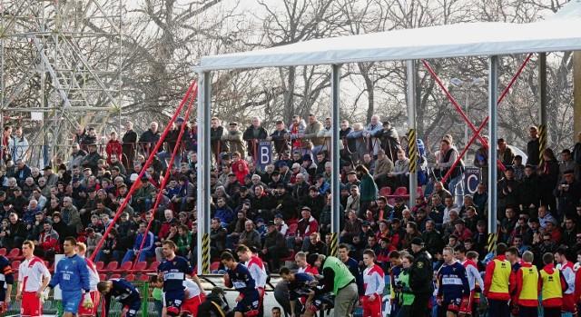 Prowizoryczne zadaszenie jest jedną z nowości na stadionie gliwickiego Piasta.