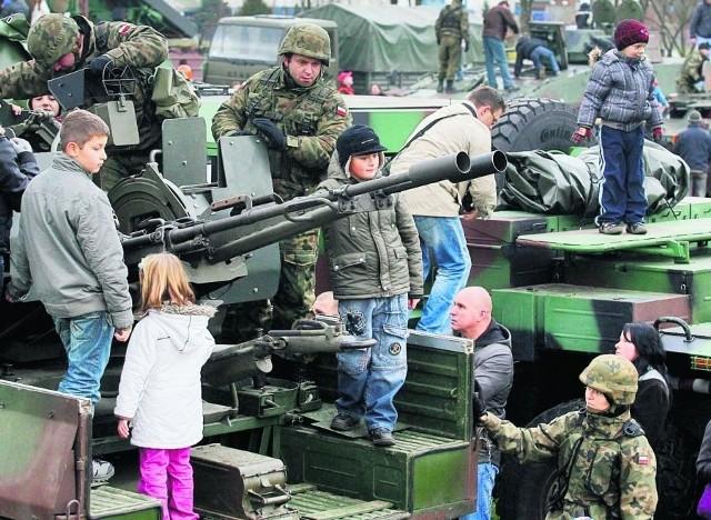 Lubin. Dzieciom najbardziej podobał się wojskowy pokaz