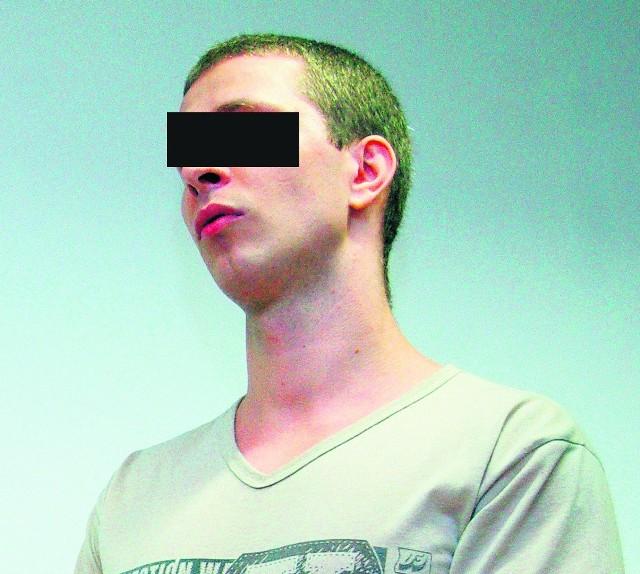 Michał L. przyznał się do rozboju i kradzieży prądu
