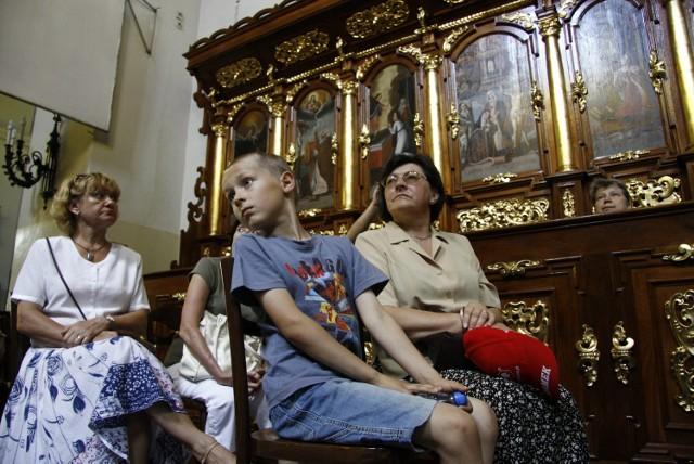 W kościele powizytkowskim, po renowacji, będziemy podziwiać zabytkowe freski i krypty