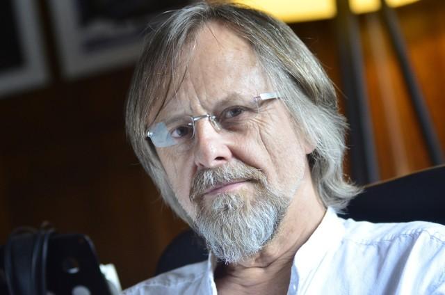 """Jan A.P. Kaczmarek, laureat Oscara, mówi otwarcie o Poznaniu: """"Tu nie ma gdzie robić festiwali""""."""