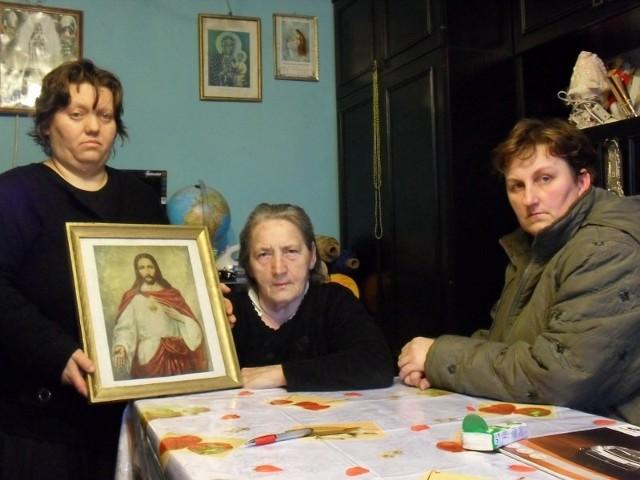 Rodzina zmarłego jest w szoku po zachowaniu księdza na pogrzebie