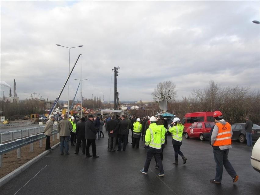 Otwarcie 3-kilometrowego odcinka Trasy Sucharskiego do...