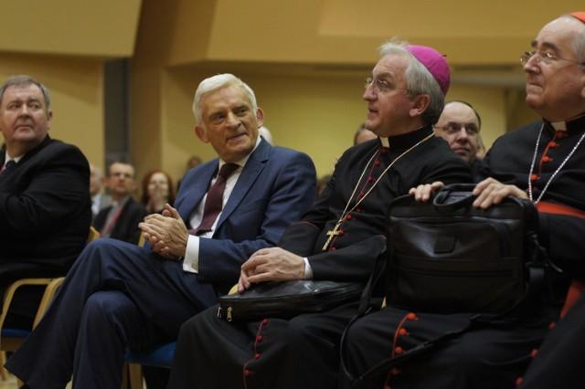 Na zjazd przyjechał były przewodniczący Parlamentu Europejskiego, Jerzy Buzek (PO)
