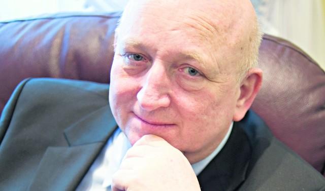Józef Oleksy mówi, że kiedy bywa w terenie, nie widzi rozmachu kampanijnego Sojuszu