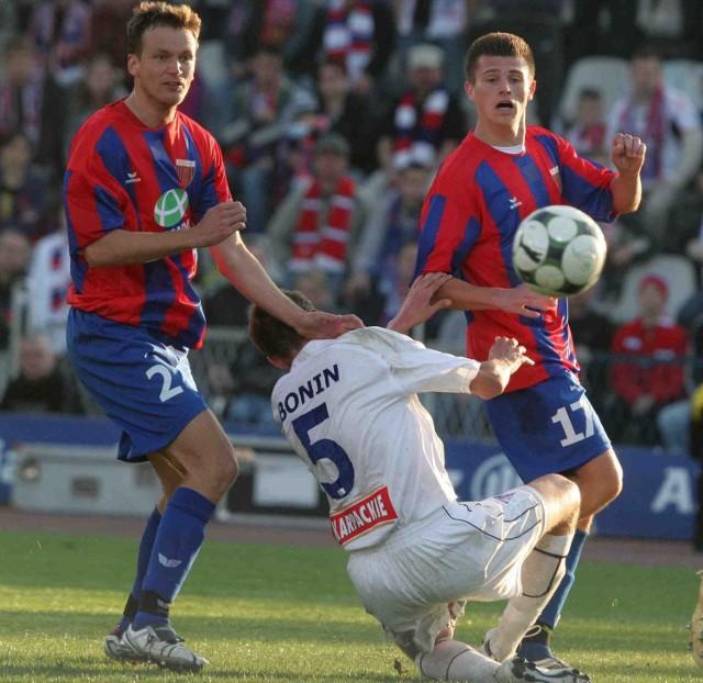 Zwycięstwo Górnika Zabrze  w derbowym meczu z Polonią Bytom było drugim wiosennym sukcesem ekipy Henryka Kasperczaka. Wcześniej ich ofiarą padł - także w derbach - Ruch