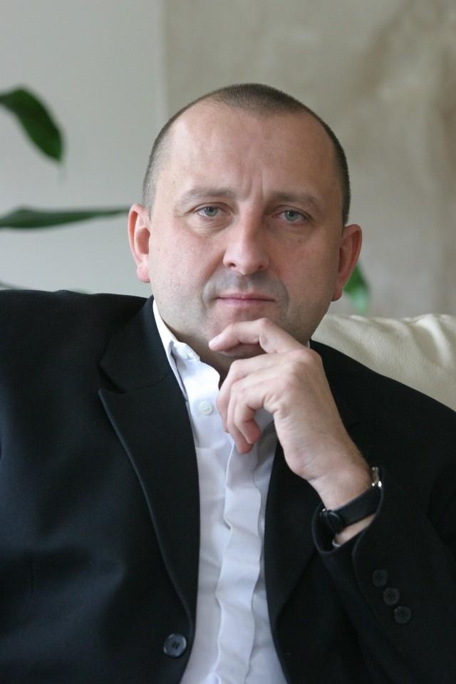 Jacek Paszkiewicz, prezes NFZ twierdzi, że projekt podziału dodatkowych środków między oddziały jest już zaakceptowany przez sejmowe komisje