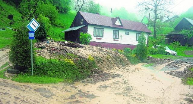 Na Limanowszczyźnie spustoszeń dokonały górskie potoki. Teraz zaczynają uaktywniać się osuwiska