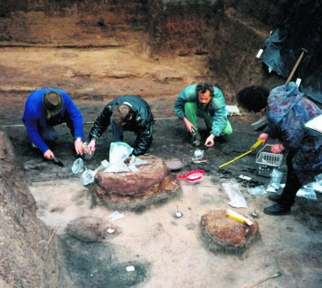 Gdańscy archeolodzy podczas prac wykopaliskowych