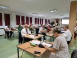 Wydatki powiatu opolskiego w 2020 roku wyniosły 89,8 mln zł. Jeśli chodzi o inwestycje, to najwięcej wydano na drogi