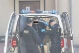 Sąd w Kaliszu: Tymczasowy areszt dla sprawcy fałszywych alarmów bombowych w szpitalach. ZDJĘCIA