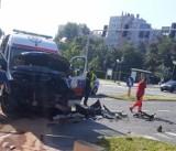 Katowice: Zderzenie karetki pogotowia ratunkowego z samochodem osobowym