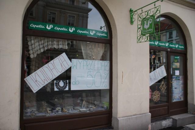 W Kaliszu znikają kolejne sklepy. W ostatnim czasie z kaliskiego rynku zniknęła Cepelia.
