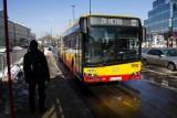 Czy mieszkańcy Wilanowa doczekają się autobusu do metra? Miasto nie zachęca do rezygnacji z samochodu