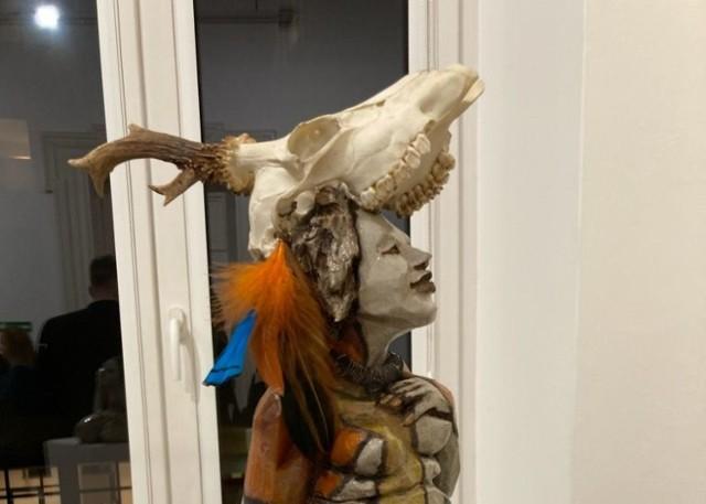 Goleniowska rzeźbiarka Marta Wlaźlińska zaprezentowała swoje prace na wystawie w Szczecinie