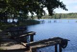 Jezioro Liny przyciąga teraz weekendowych turystów. Bierzcie koszyk piknikowy i jedźcie napawać się pięknymi widokami