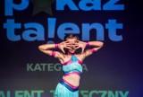 """""""Pokaż Talent"""" 2020. Pomorski finał konkursu na scenie Stacji Orunia. Niezwykłe występy uczestników z całego regionu [zdjęcia]"""