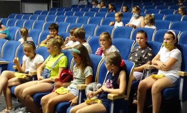 Wakacyjna projekcja i warsztaty filmowe odbyły się w kinie Rondo