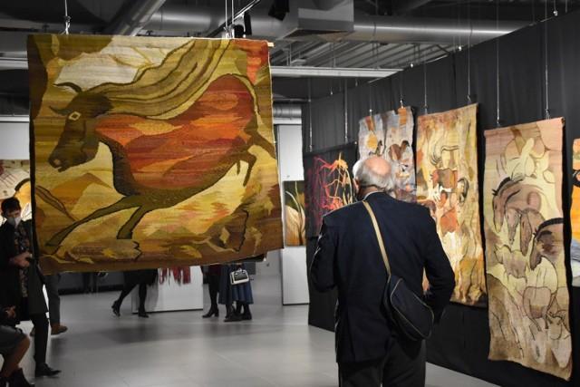 Kultura Śrem: wystawa gobelinów niczym wyprawa do jaskini w Lascaux. Odwiedźcie muzeum i poznajcie bliżej malowidła sprzed tysięcy lat