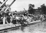 Andrychowski basen ma już 85 lat. Zobacz, jaki to był hit