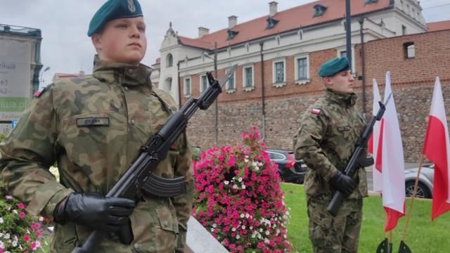 Władze Piotrkowa uczciły 82. rocznicę agresji ZSRR na Polskę ZDJĘCIA