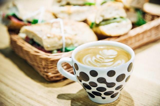 ul. Rajska - deser 50% ul. Krupnicza - deser 50% + warsztaty alternatywne metody parzenia kawy