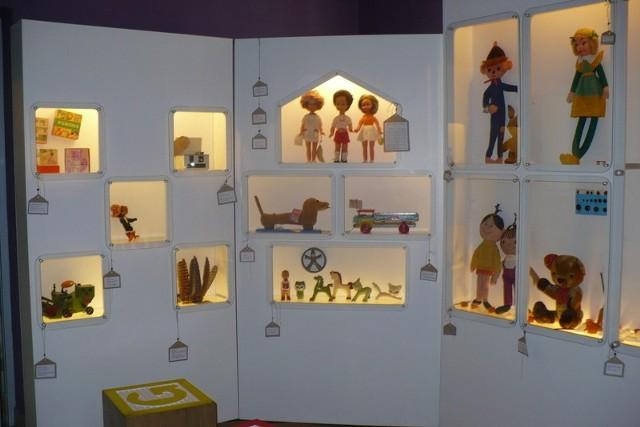 Największe i najstarsze muzeum zabawek w Polsce: Muzeum Zabawek i Zabawy w Kielcach.