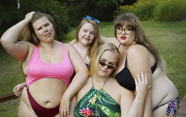 """Bohaterki filmu """"Front grubych"""" mówią o sobie: grube. Nie wstydzą się swoich kształtów i walczą o to, by każdy mógł akceptować siebie bez względu na wygląd oraz opinie tych, którzy zarzucają im promowanie otyłości/ fot. materiały prasowe"""