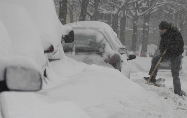 W XXI. wieku zdarzały się zimy, które paraliżowały Białystok. Oto archiwalne zdjęcia naszych fotoreporterów.