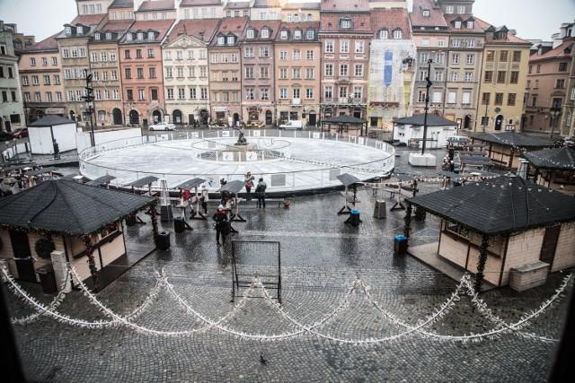 Jarmark bożonarodzeniowy 2018 w Warszawie. Przy Barbakanie kupimy nie tylko świąteczne pamiątki