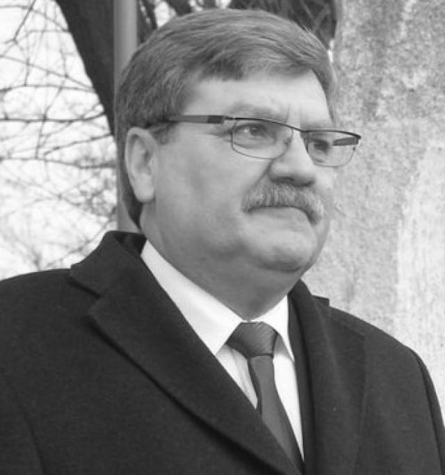 Przebieg uroczystości pogrzebowej starosty Dariusza Olejnika