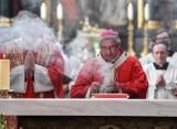 Kościół potrzebuje uderzenia się w pierś, a decyzja Watykanu jest symboliczna