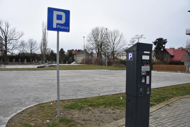 Czy m.in. parking przy ul. Słowackiego powstał niezgodnie z prawem i tym samym bezprawnie pobierano na nim opłaty za postój? Prokuratura zbada to po doniesieniu radnego Marka Ciesielczyka