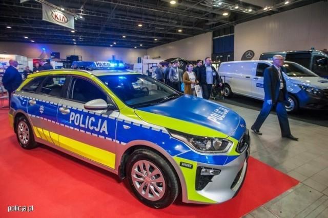 Modernizacja oznakowania ma poprawić widoczność pojazdu, a tym samym zwiększyć bezpieczeństwo funkcjonariuszy i innych uczestników ruchu drogowego.