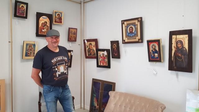 """W """"Kopalni sztuki"""" swoje ikony wystawia Grzegorz Kapcia"""