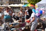 Rynek Gniezno. Kiermasz ciast i książek dla Olgi Miśkiewicz [FOTO]