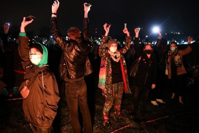 Ostatni protest Strajku Kobiet, przeciwko wyrokowi TK ws. aborcji, w Krakowie odbył się 3 listopada na Błoniach