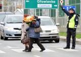 Akcja Znicz w Krośnie. Zmiany w ruchu, parkowanie przy cmentarzach