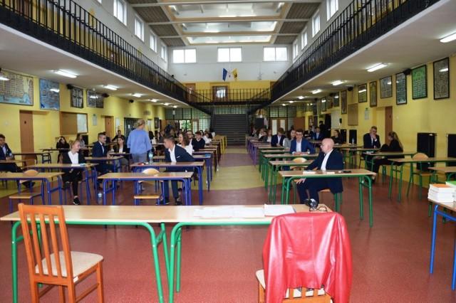 Wyniki matur w powiecie bytowskim. Egzamin zdało prawie 80 proc. uczniów.